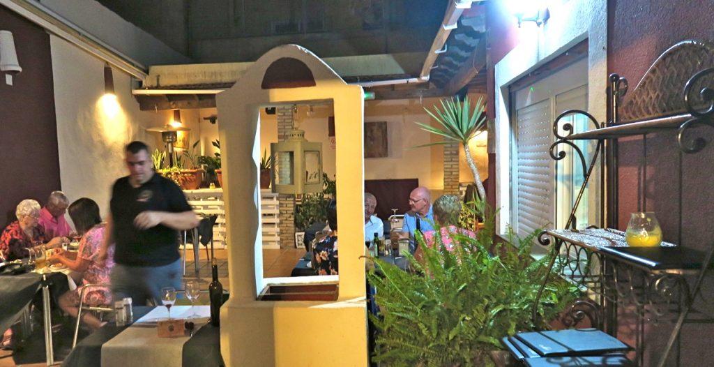 Restaurang El Patios trevliga innergård