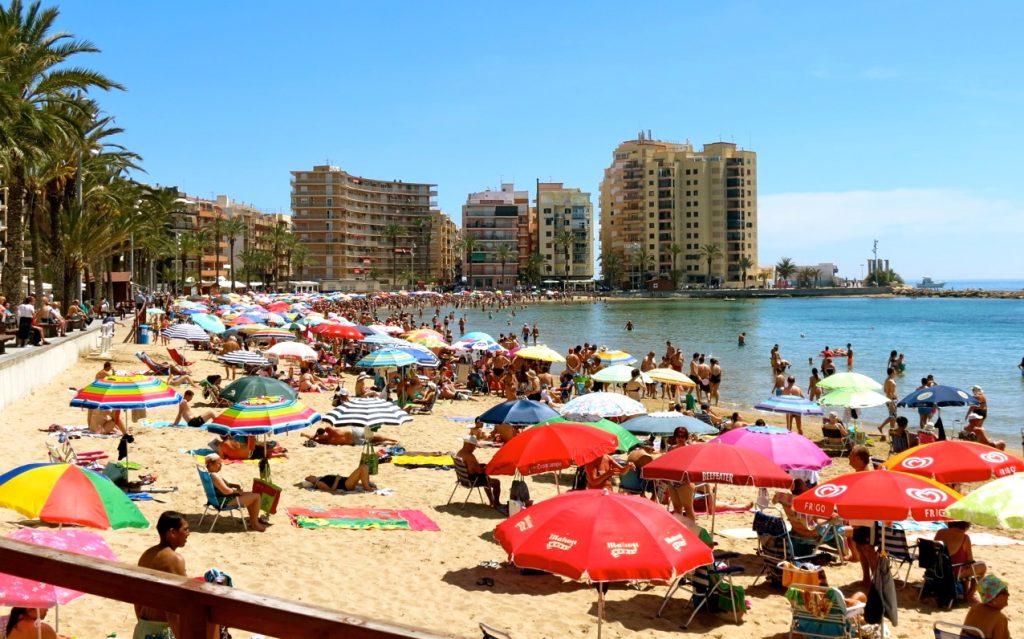 Playa del Cura, en av stränderna inne i Torrevieja