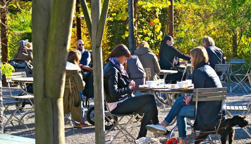 Rosendals trädgårdscafé är en fin njutflykt