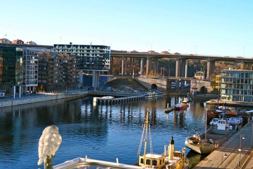 Att se och uppleva utsikten mot Hammarbykanalen är en sann glädje under alla årstider.
