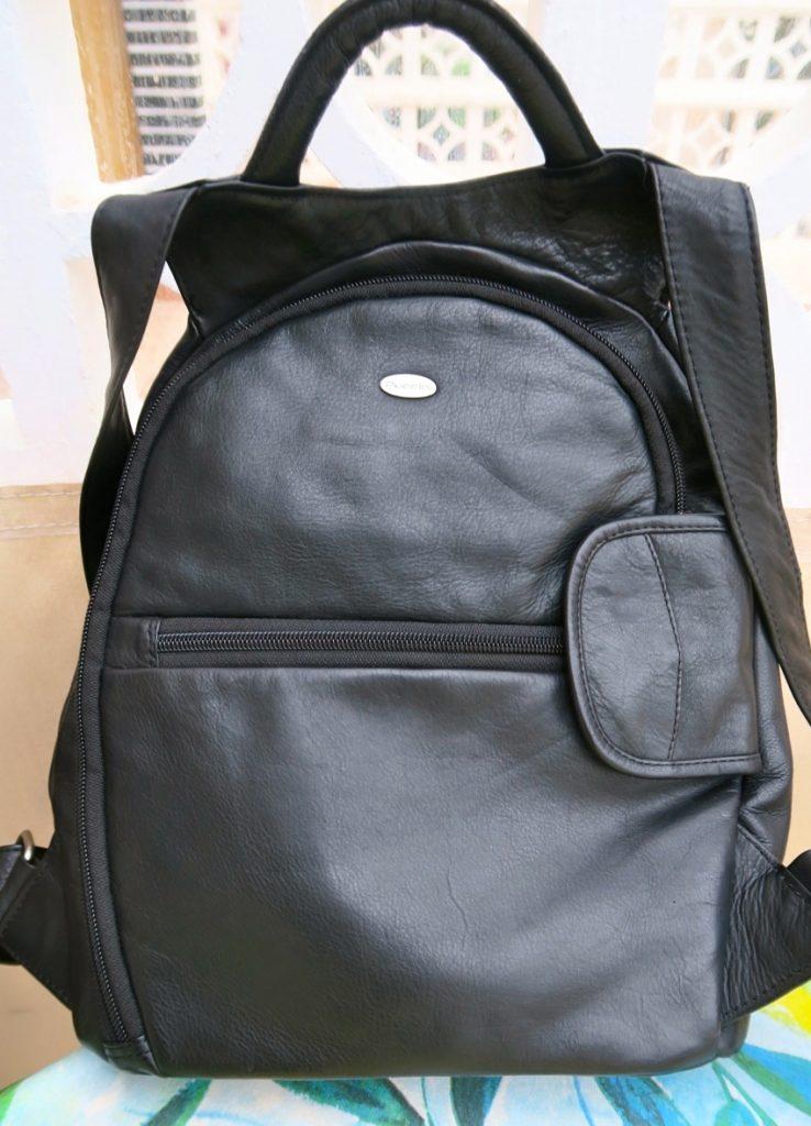 Omtänksamhet kan vara att få en ryggsäck.