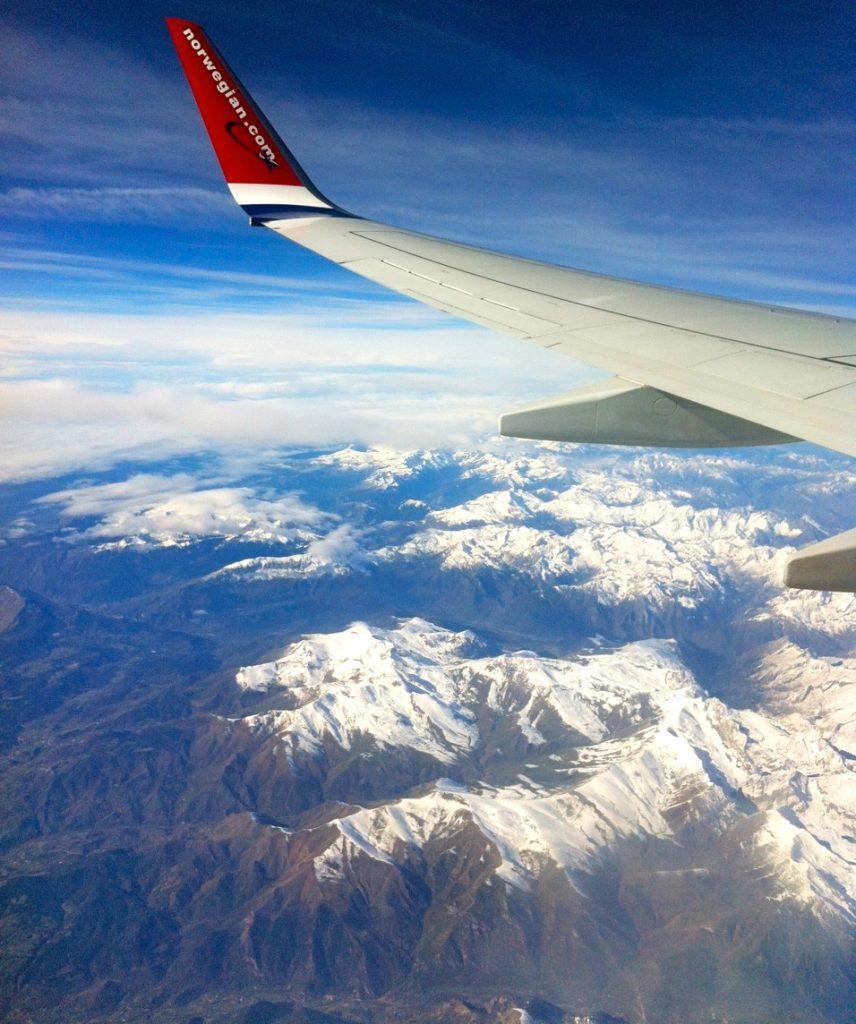 Ett av veckans bidrag till Skyltsöndag. En bild över Alperna.