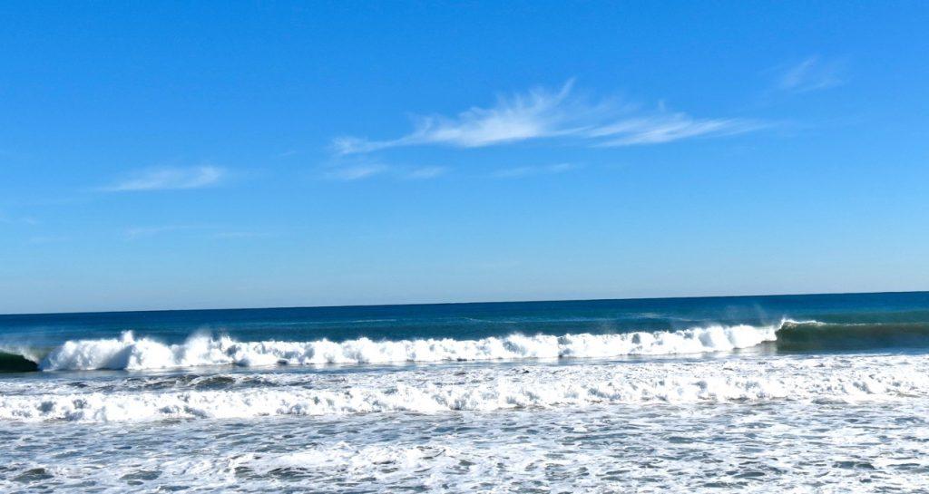 Vågor och vatten får stå frö V i Torrevieja.