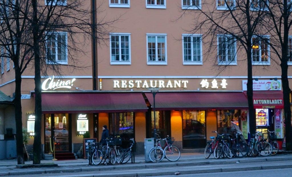 resa bordell stort bröst i Karlstad
