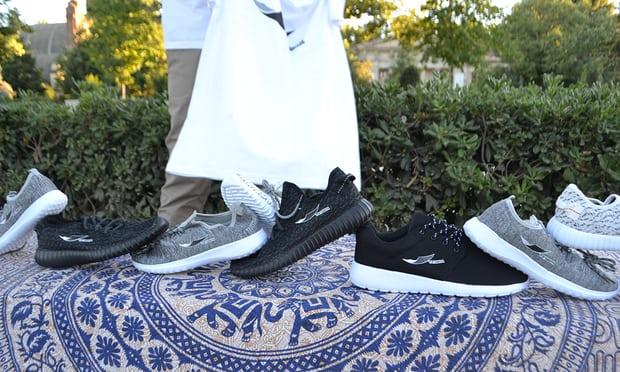 """Loggan från """"Top Manta"""" på kopior av skor Säljer den lika bra? Skorna är ju desamma."""