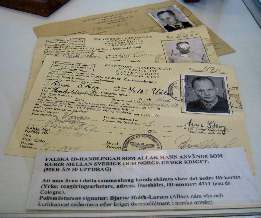 """Palska pass använde kuriren Alla Mann när han jobbade som """"undecover"""" under andra världskrigetr andra"""