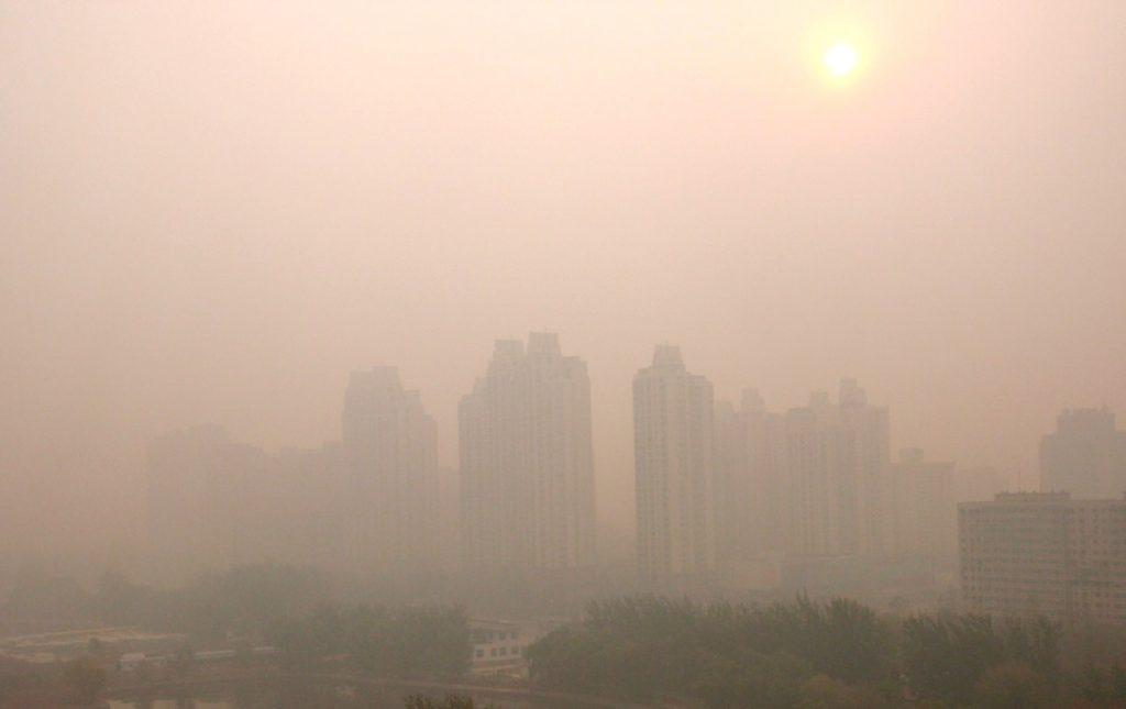 En skum dag i Peking. En dag med stora luftföroreningar.