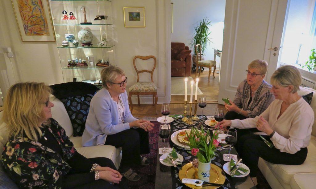 Bokklubb i Stockholm; trevligt, gott och givande