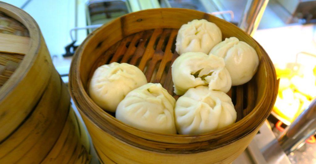 Kinesisk matkultur är en del av landets historia. Och i stället för bröd serveras ofta dumplings som en del i frukosten