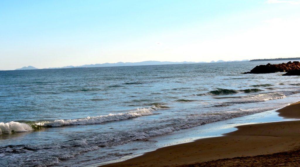 Playa de los Locos i orrevieja har också kvar sitt blå flagg.