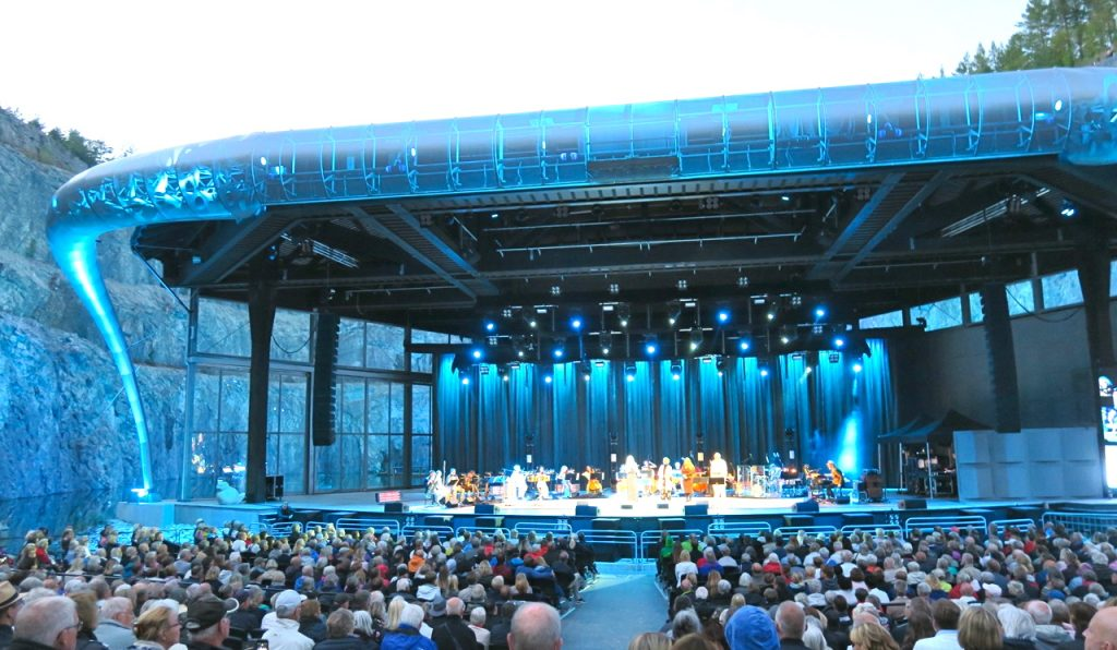 En magisk kväll på Dalhalla med Malena Ernman, Nisse Landgren, Sarah Dawn Finer och Helen Sjöholm