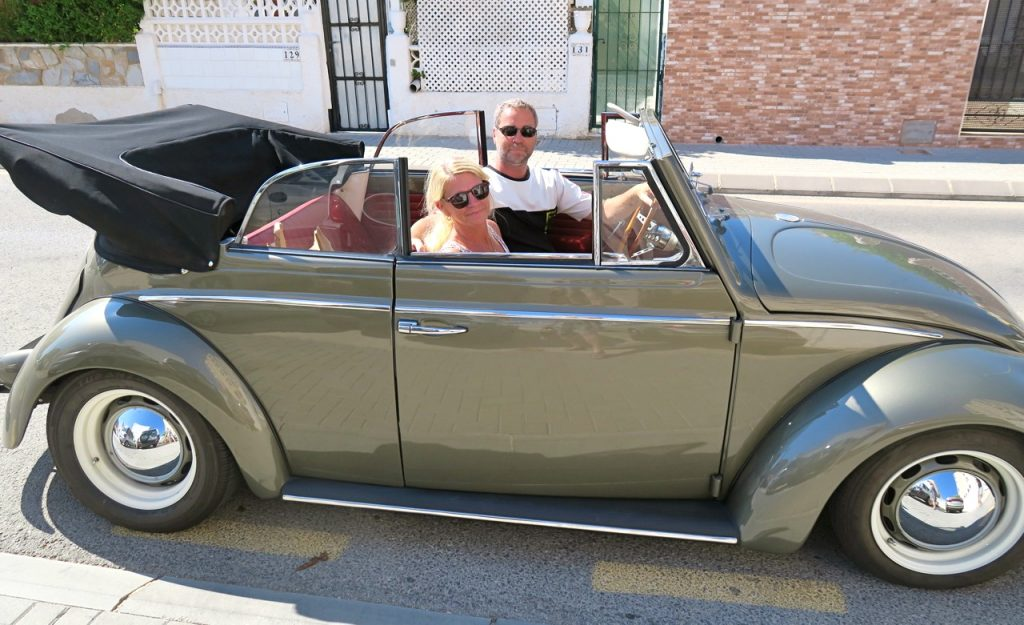 En bil med självkänsla. En  Volkswagen cabriolet från 60-talet