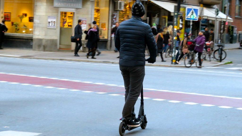 Elsparkcyklar är ett fordon som blir mer och mer populärt i Stockholm.