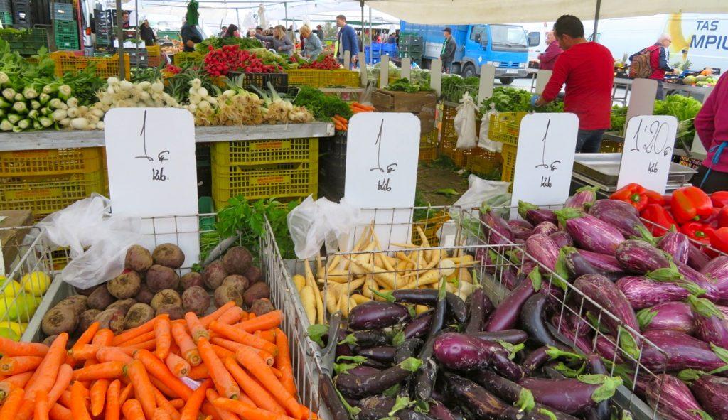 Fredag och det är marknad i Torrevieja.