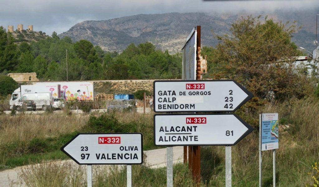 Skyltande resa blev det på flera sätt. Här i trakterna av Jalon Valley på Costa Blanca