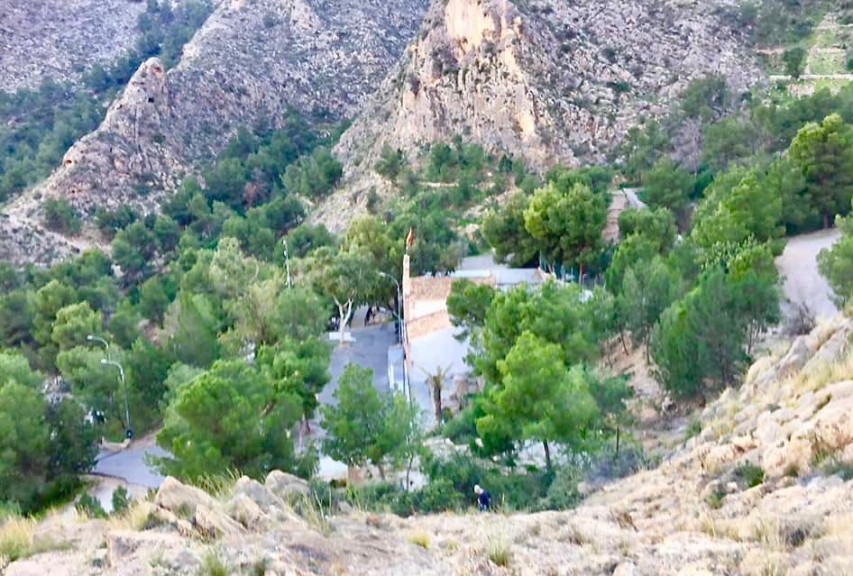 Sierra de Callosa, strax ovanför staden Callosa de Segura, i Alicanteprovinsen är ett fint spanskt naturområde.