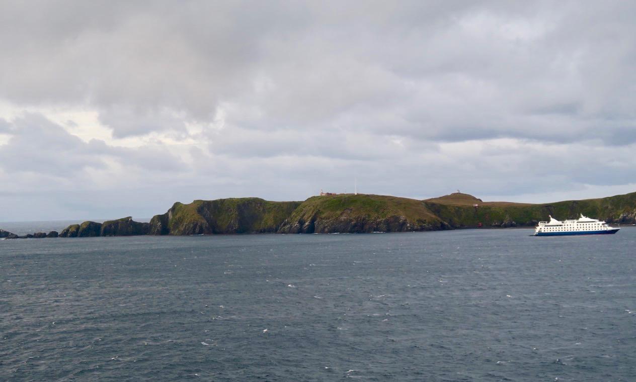 Längs till vänster syns udden på Kap Horn.