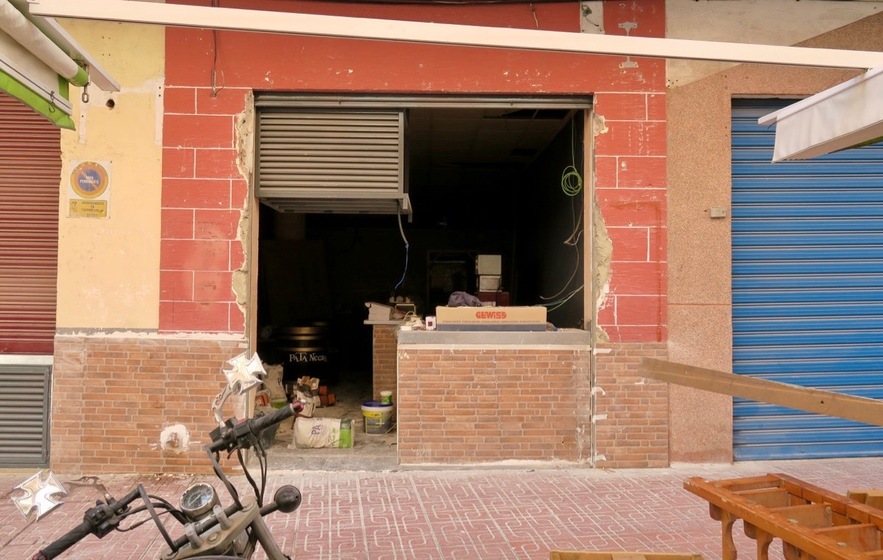 Jordnära var det även på en av favoritbarerna i Torrevieja , Calabrio.