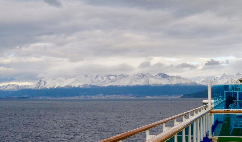 På väg in mot staden Ushuaia, porten till Eldskandet.
