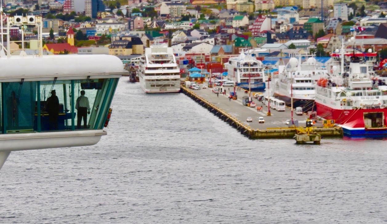 Hamnen i Ushuaia på argentinska Eldslandet.