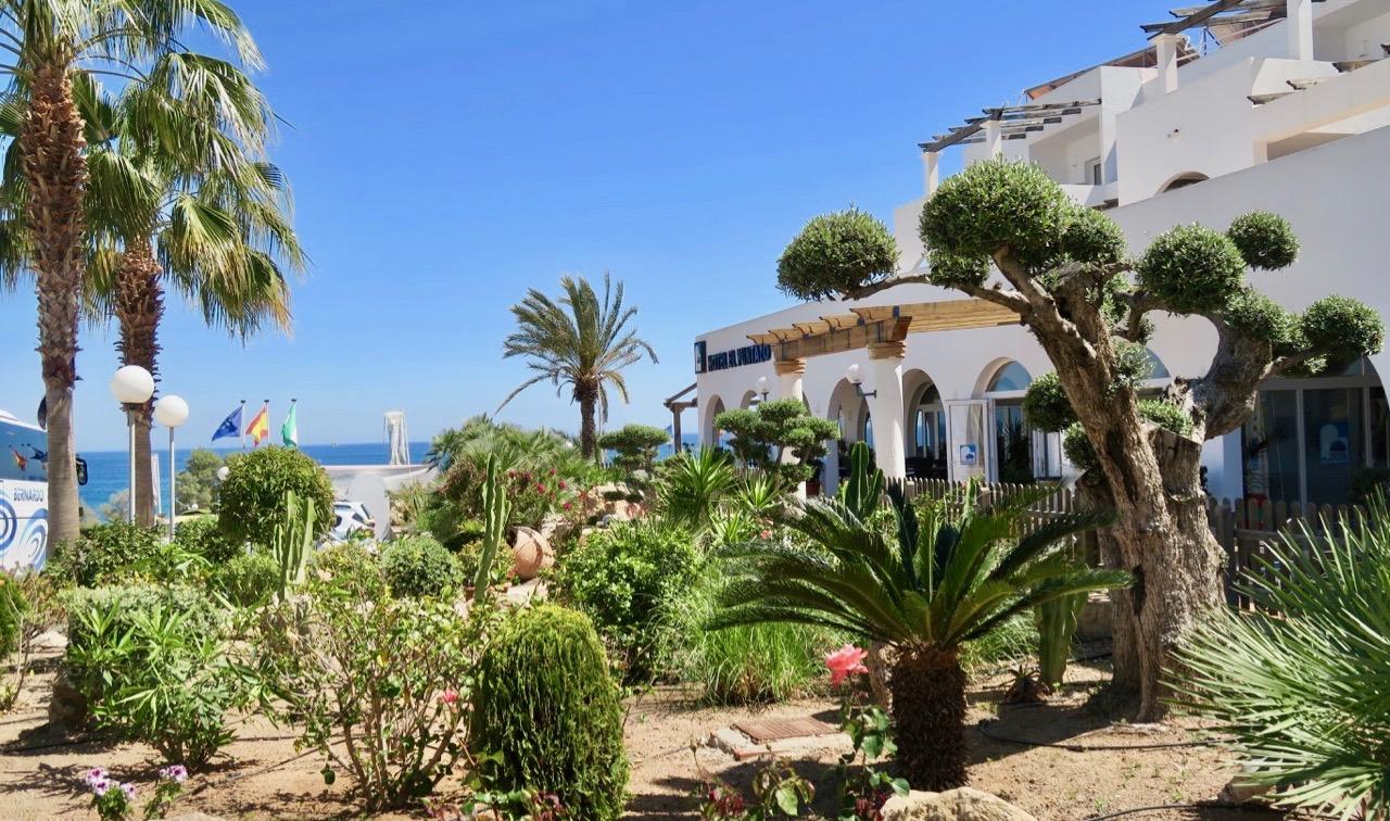 Hotell El Puntazo i Mojácar Playa erbjöd ett väldigt bra boende.