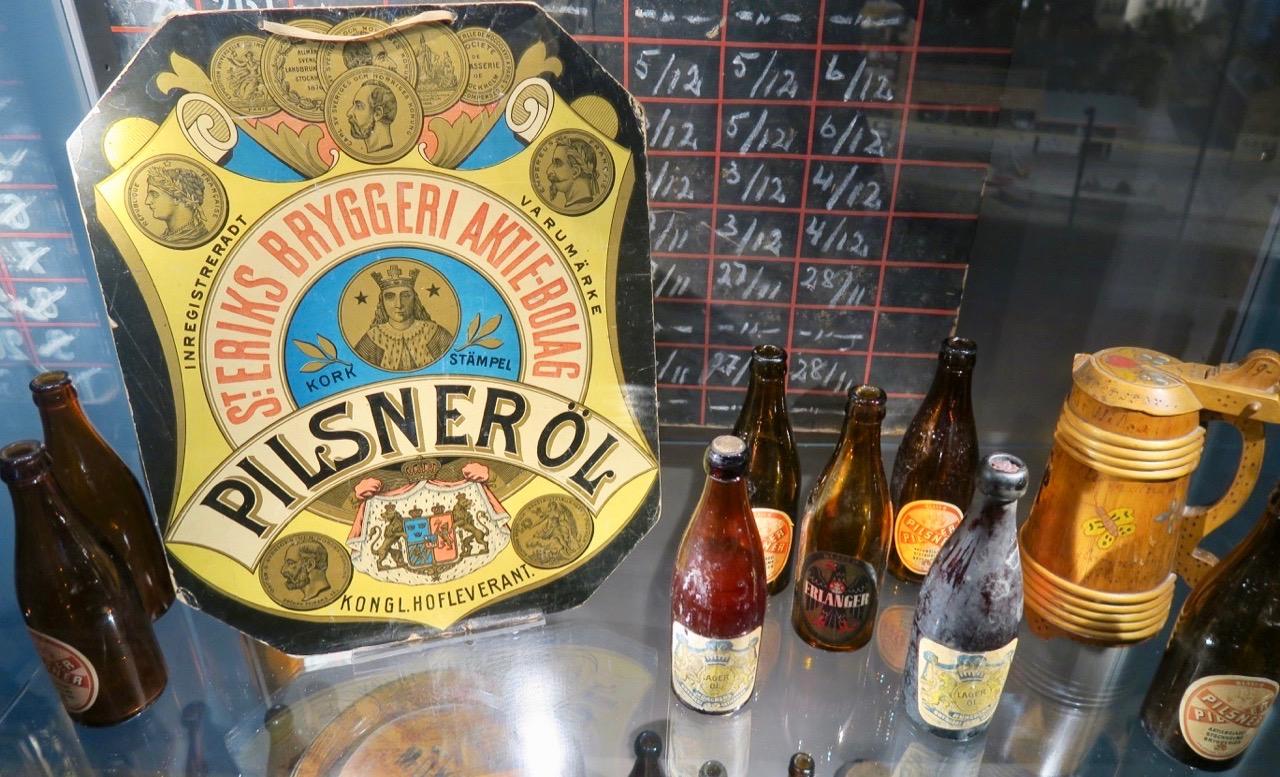 S:t Eriks öl har gamla anor och passar vär i en denna Skyltsöndag med gamla anor.