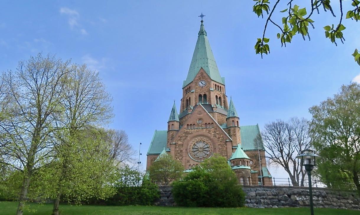 En södervandring går ofta tpp till vIta bergen och Sofia kyrka.