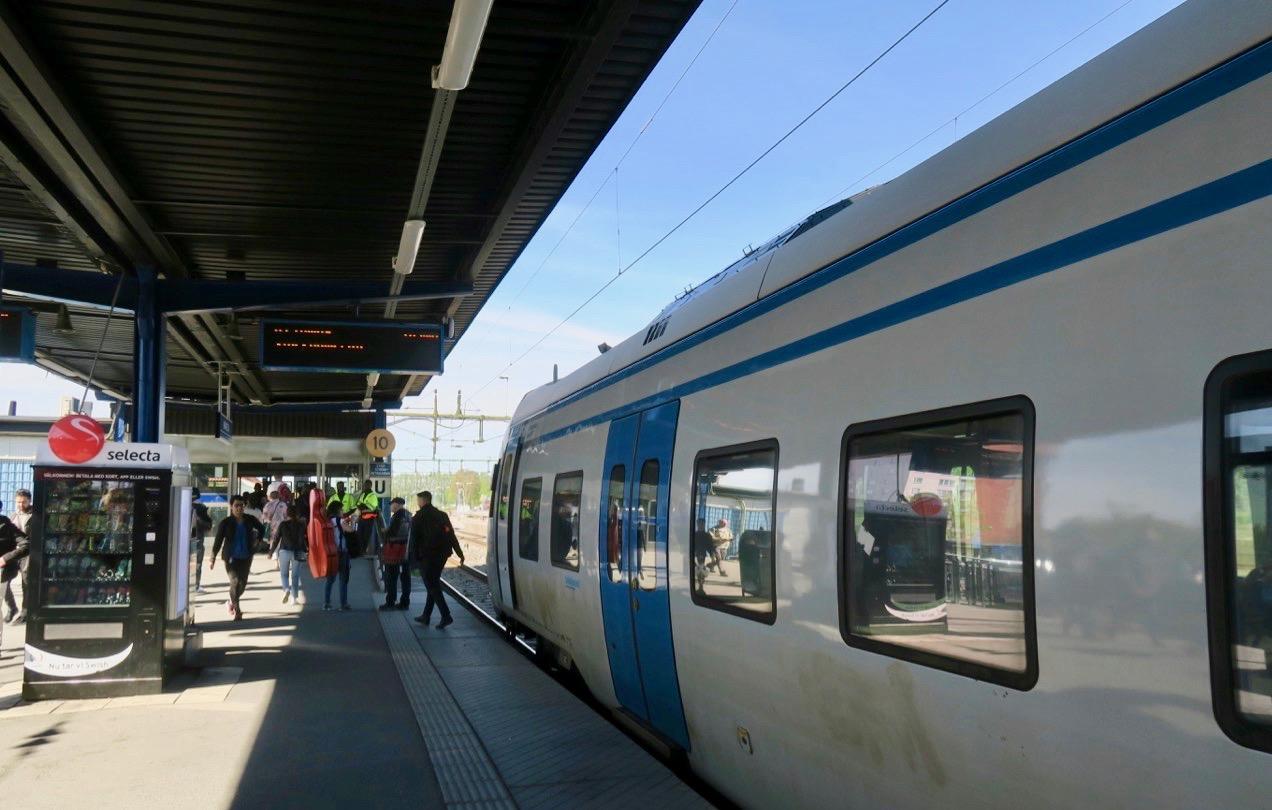 Märsta station. Byte till buss för att åka vidare till Arlanda och Clarion hotell Arlanda.