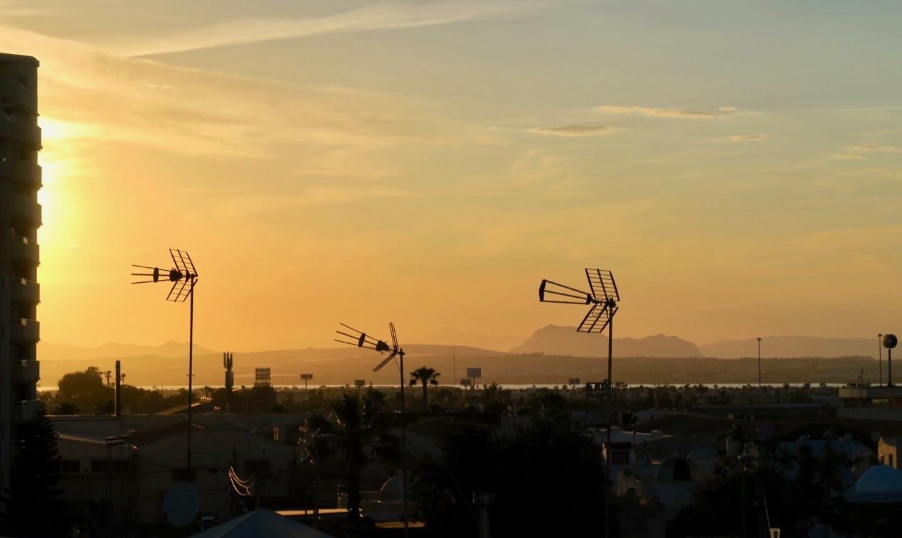 Vacker solnedgång! Och visst är det fint att vara tillbaka i Torrevieja igen