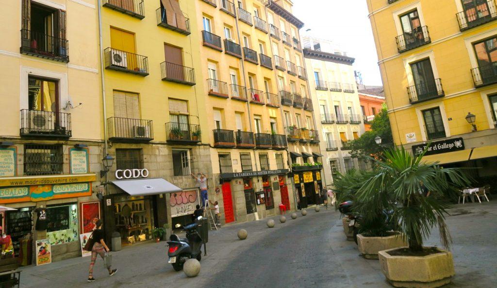Charmiga kvarter i Madrid