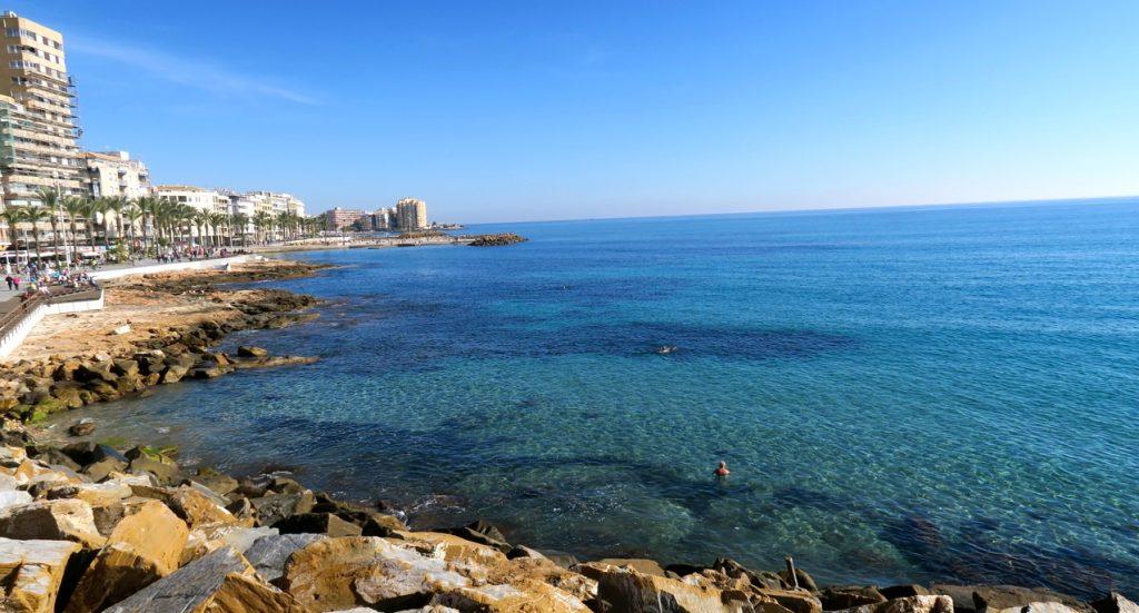 Sol och hav är alltid nära till hands i Torrevieja