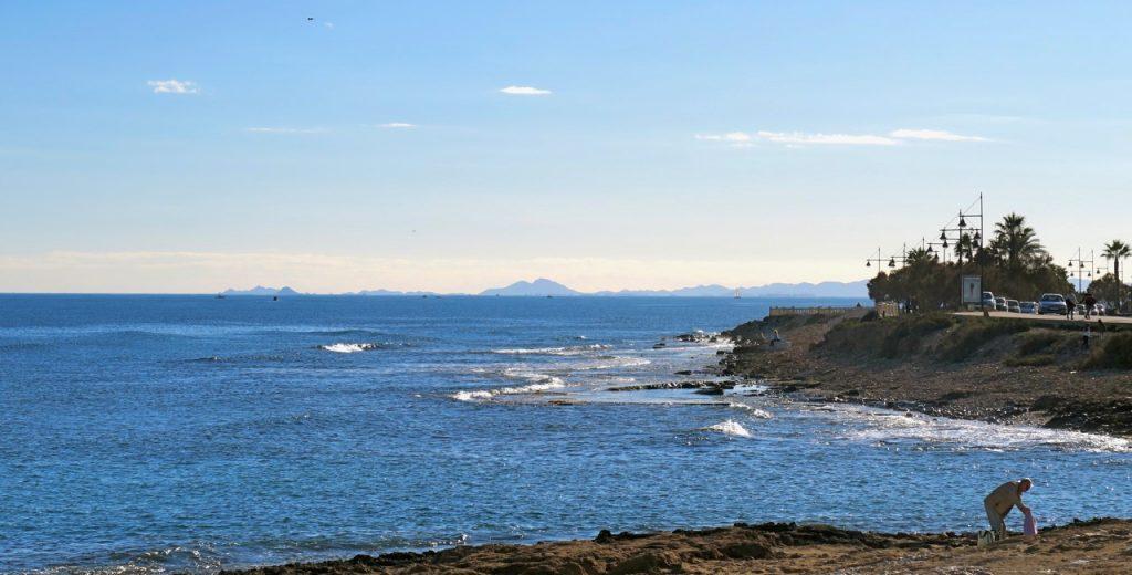 Dagens vy vid Playa del Los Locos.
