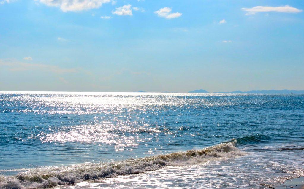 Ett hav kan gnistra som silver