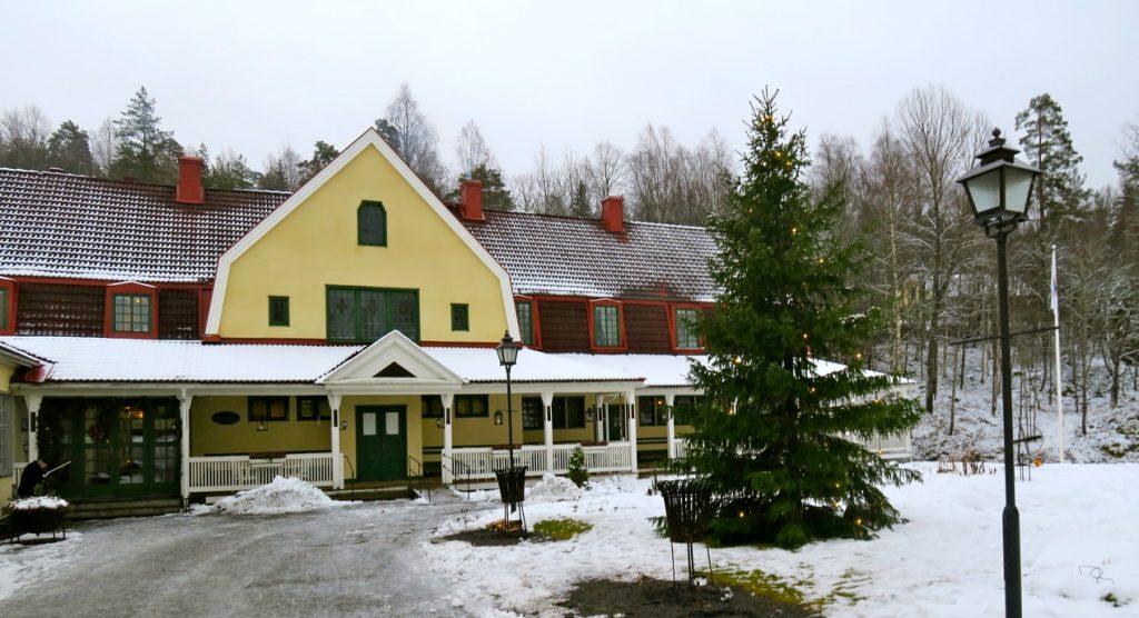 Stora Socitetshuset i Loka Brunn