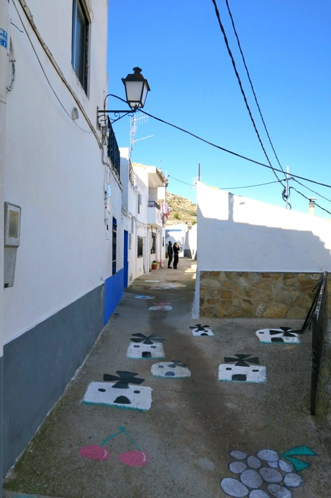 Uför har vi gått och längs smala gränder i byn Alcalá del Júcar