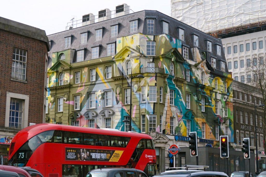 Brokig miljö i London men så trevligt.