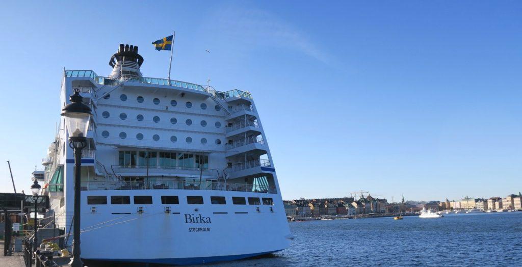 Fartyget Birka Paradise är verkligen ett trevligt fartyg och ligger här och väntar på oss i Stadsgården i Stockholm.