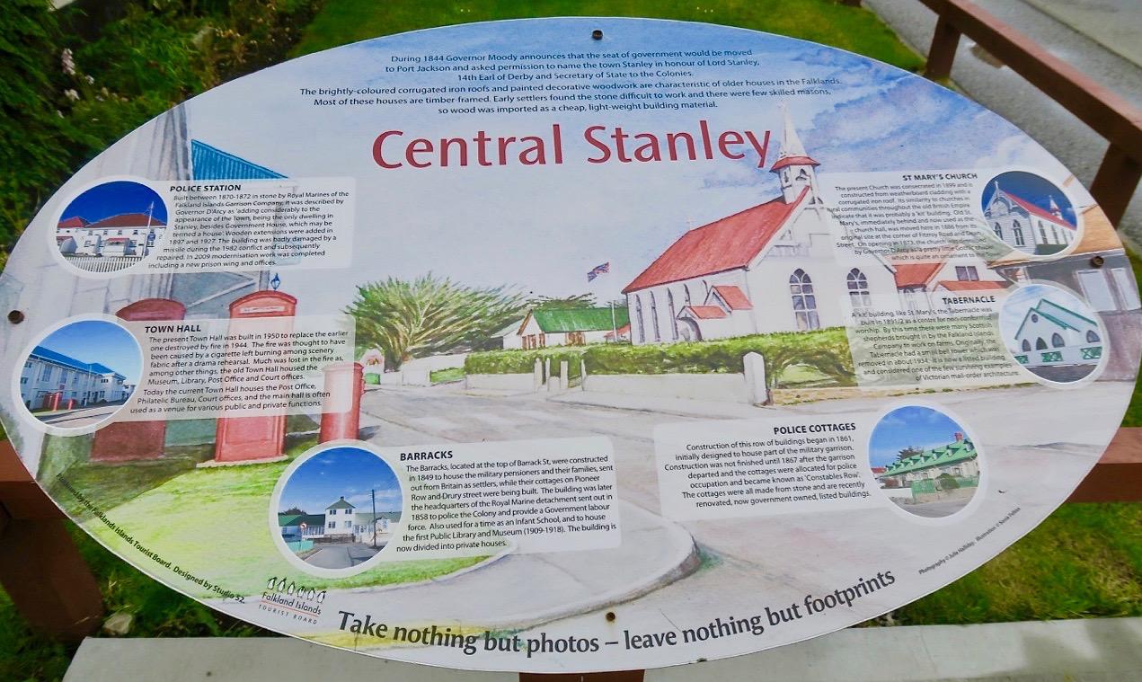 Stanley på Falklandsöarna drar trots sitt fjärran läge till sig många resande.