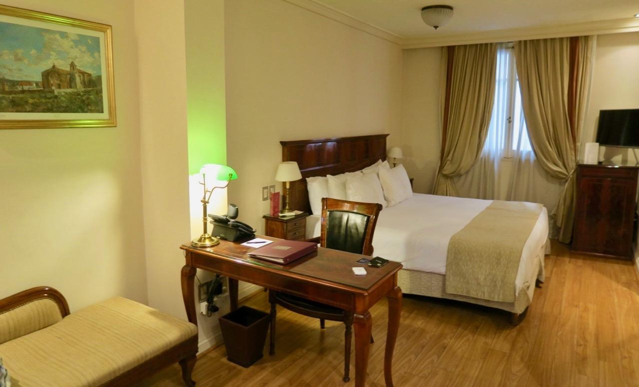 Detta anrika hotell hade stora rum inredda i gammeldags still