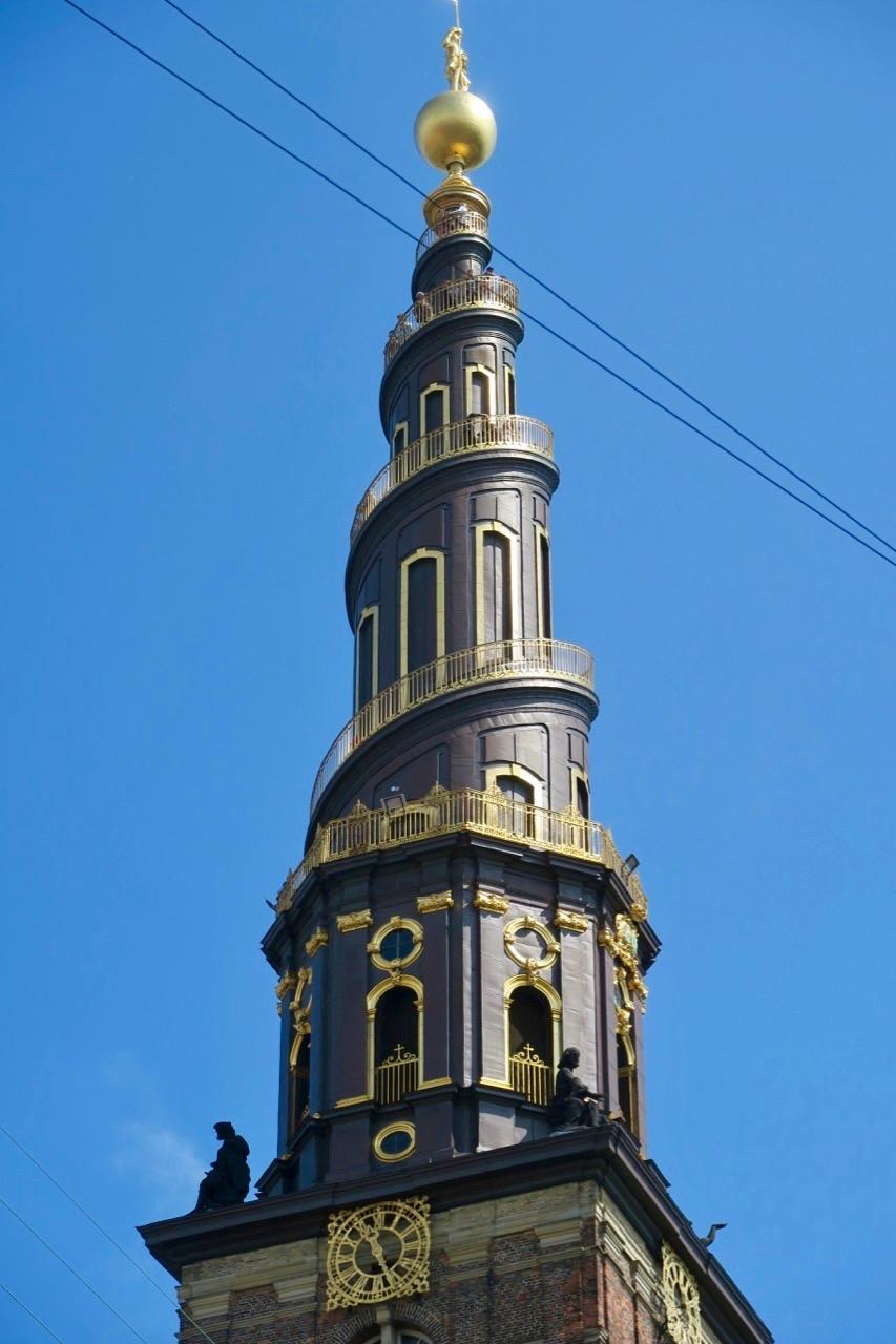 Mer av Köpenhamn hade vi sett om vi köättrat upp i tornet på Vår Frälsares kyrka.