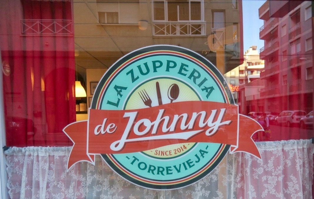 """Vår utekväll förtsatte med en god och jättetrevlig middag på """"La Zupperia de Johnny"""""""