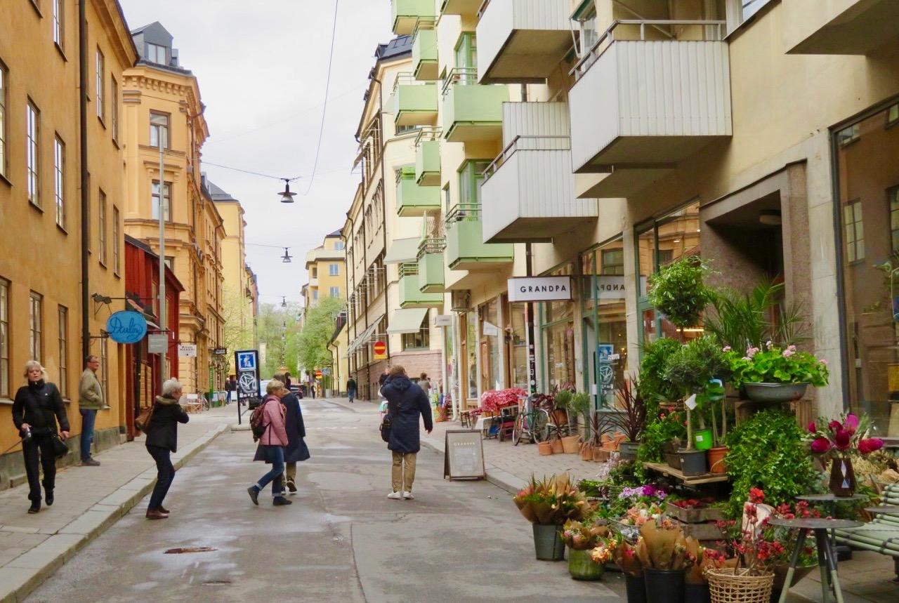 Södermannagatan , en av alla gator på Södermalm som har sin personlighet.