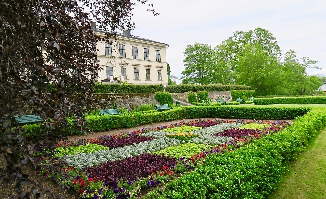 Karlslunds herrgård utanför Örebro blev ett trevligt stopp på vår resa.