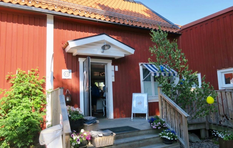 Café Två Skator i Arboga är ett trevligt stopp både för både en bort och hemresa.
