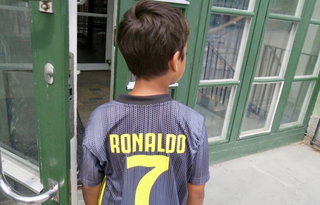 Att träffa på självaste Ronaldo måste anses ingå i en fin dag.