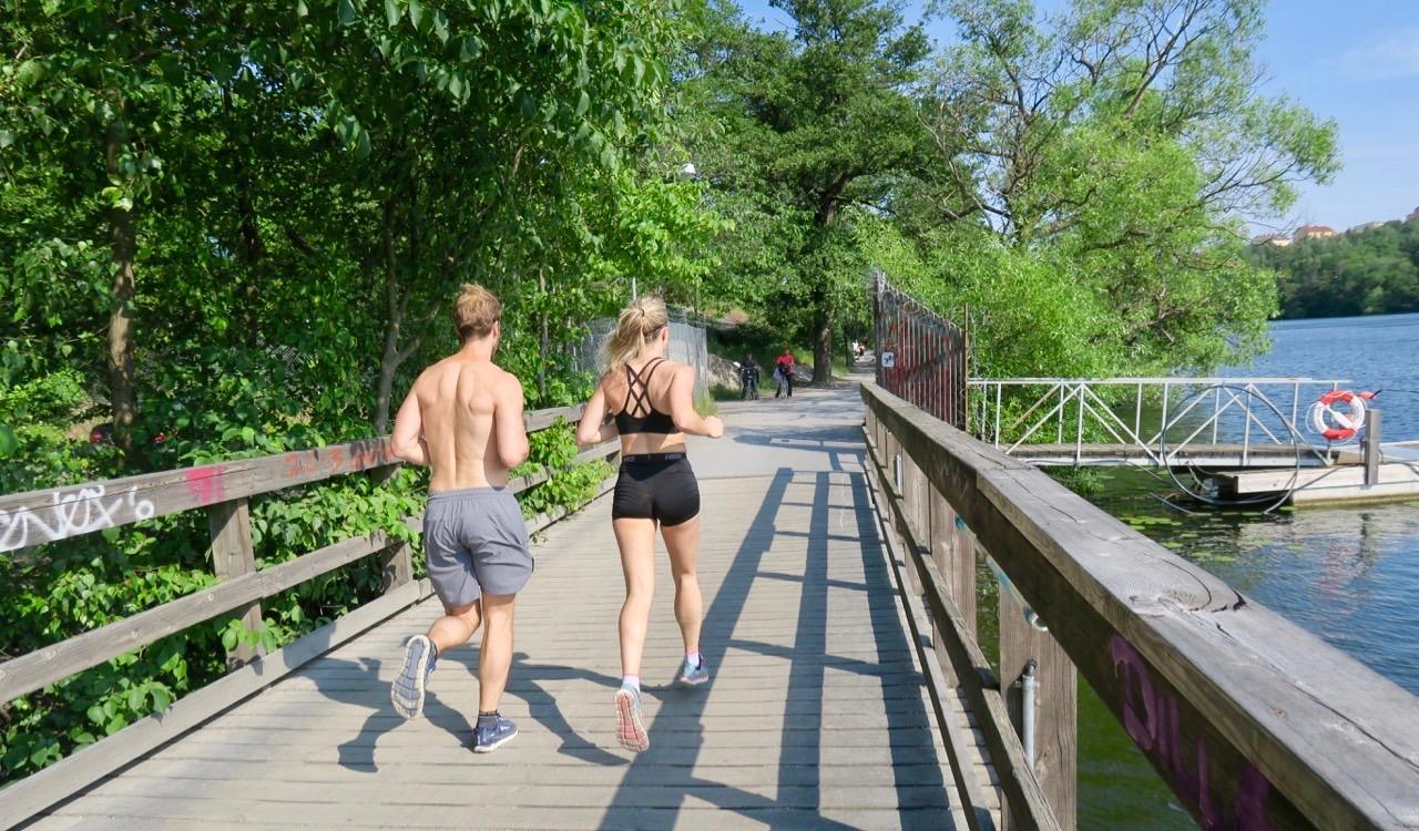 Kanske en joggingtur i stället för en sommarpromenad.