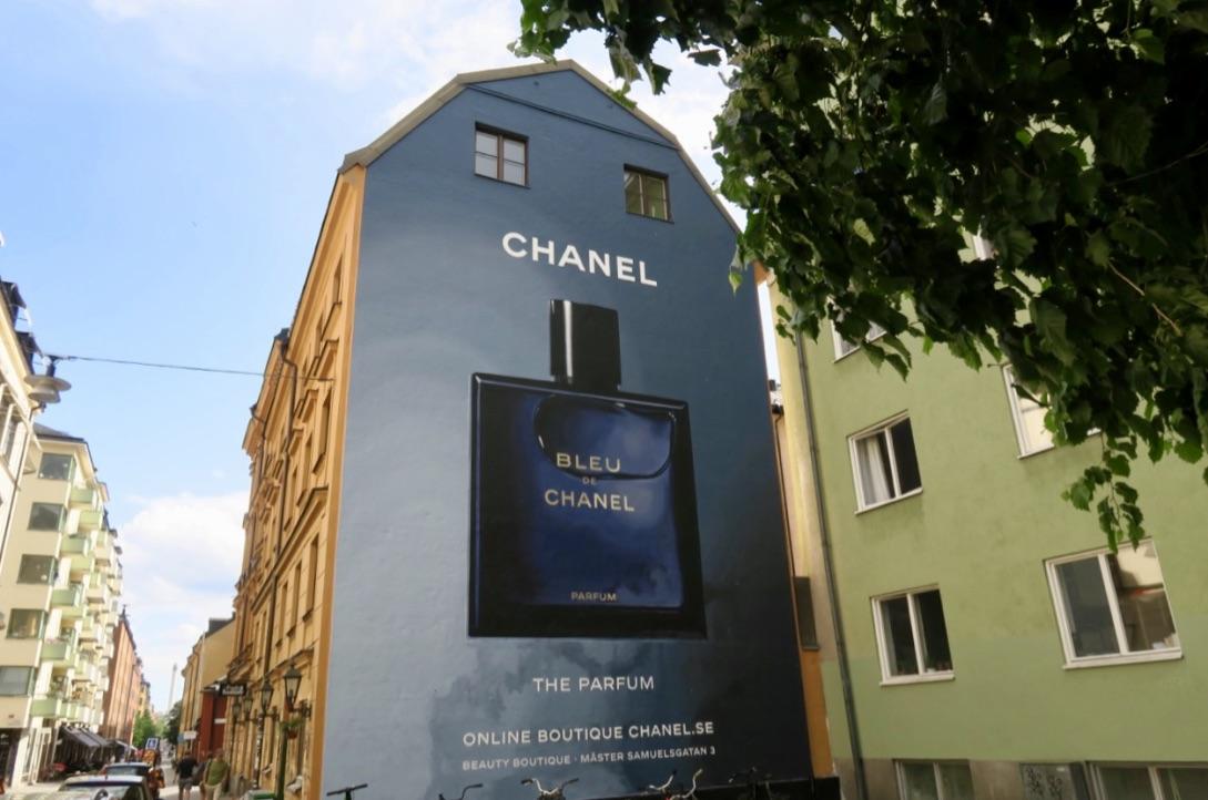 En av flera skyltar. Denna finns på Södermannagatan på Söder i Stockholm