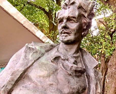 August Stringberg staty Mosebacke terrass