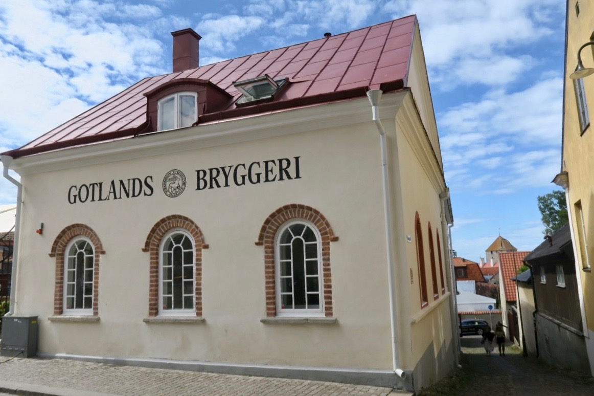 Innanför ringmuren i Visby hittar man Gotlands Bryggeri