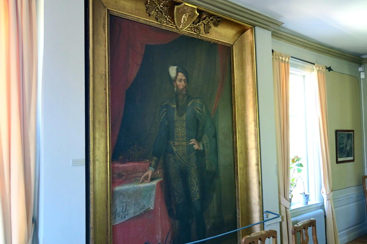 Gustav Vasa som stor tavla hänger i en av salarna på Rankyttan
